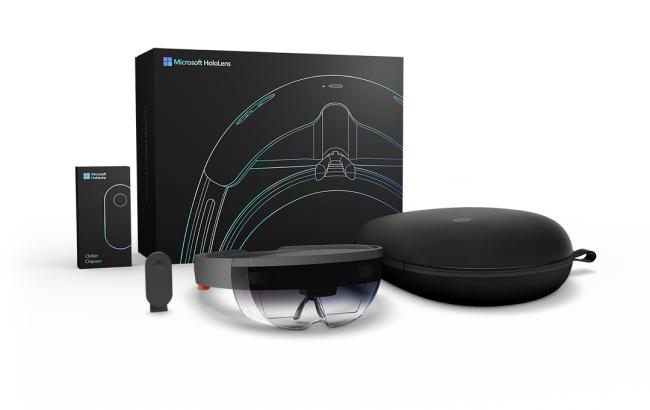 Microsoft HoloLensの発注書注文を開始