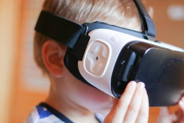 Gear VRを使う幼児