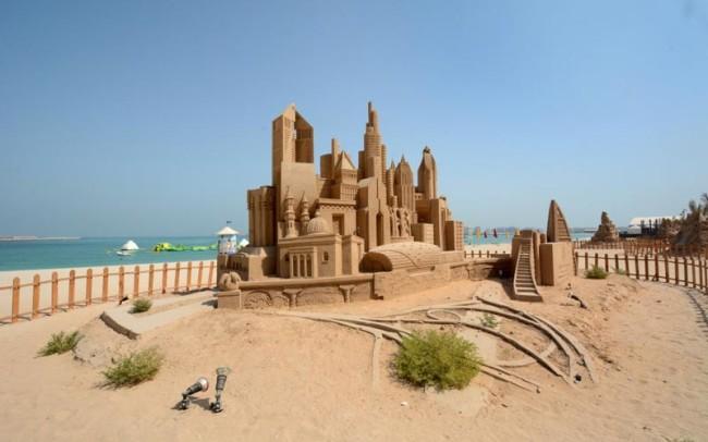 大きな砂の城