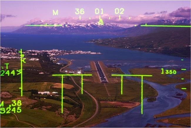 サーブ 39 グリペンのパイロットのHUDに表示された航空情報