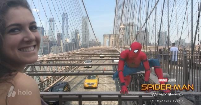 スパイダーマンの映画を宣伝する