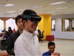 Lifeliqe-Microsoft-HoloLens-Pilot_Renton-Prep1-1-1024x674-iloveimg-resized (1)-iloveimg-cropped