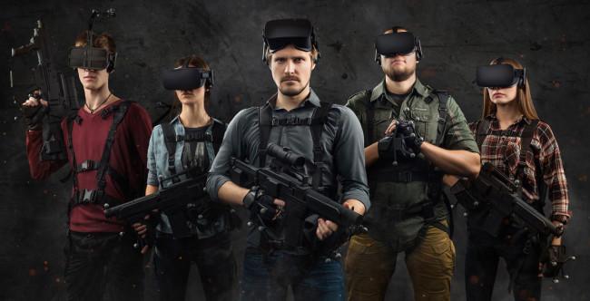 VRデバイスを身に着けて戦場へ
