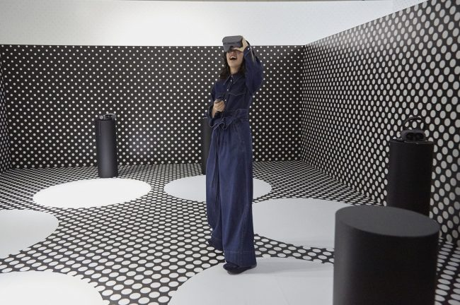 VRを使用した2017年秋冬コレクション イメージ