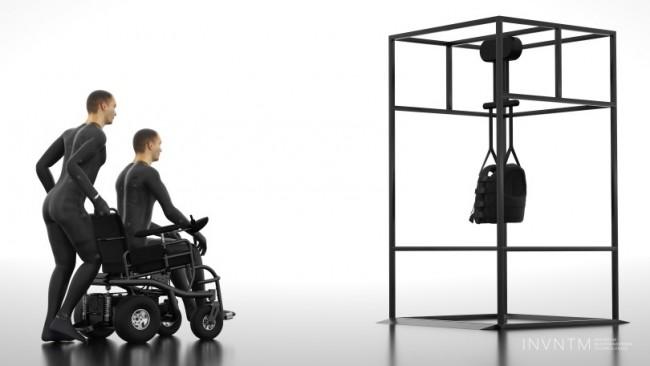 VRシステムに向かう車椅子患者