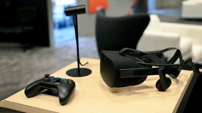 Oculus RiftとXboxのコントローラー