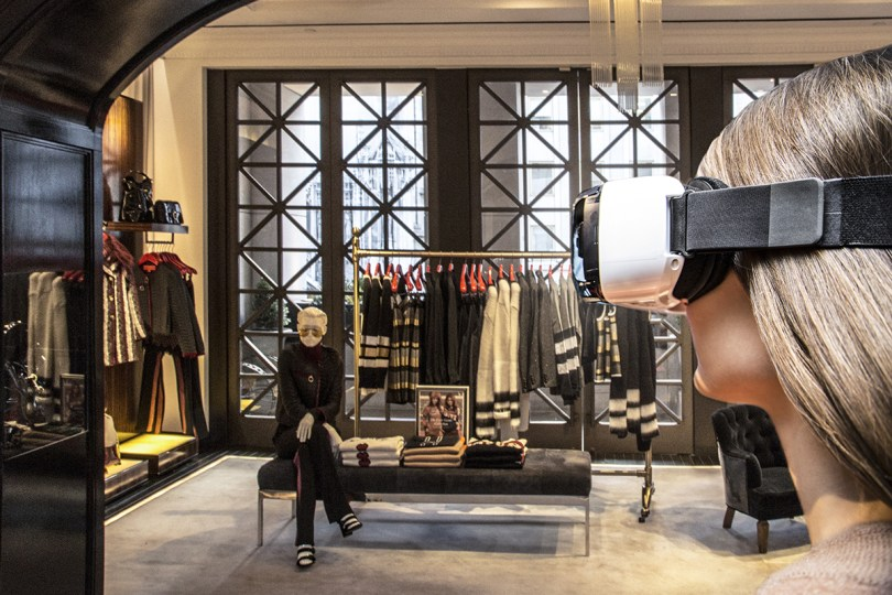 A look at Tommy Hilfigers virtual reality experience.