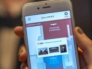 スマートフォンアプリを利用する美術館もある