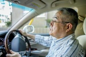 VRドライビングシミュレーター高齢者の運転能力診断を実施