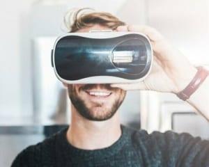 VR酔いも軽減!画期的なディスプレイ技術をARMが発表