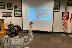 22歳の学生起業家と米国空軍がVRトレーニングシステムについて100万ドルの契約を締結