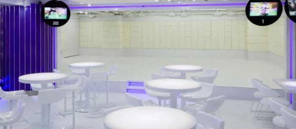 VREX 渋谷宮益坂店のロビー