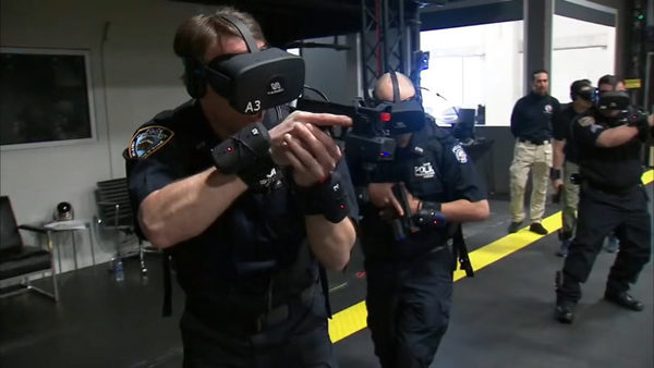 VRニュースイッキ見_ニューヨーク市警が訓練にVRを導入