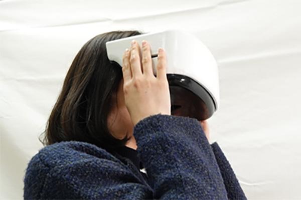 VRニュースイッキ見ドコモが開発した超視野角VRゴーグルのイメージ