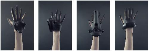 VRグローブ対応のVRヘッドセット