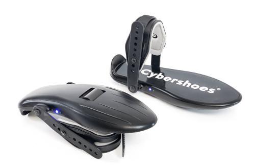 VR空間内を自由に歩行!歩行用VRデバイス「Cybershoes」クラウドファンディング開始!