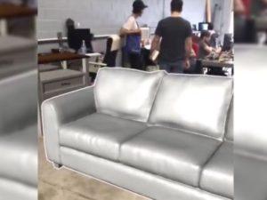 家具をARで配置する