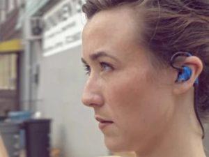 3Dサウンドを記録できるイヤホン