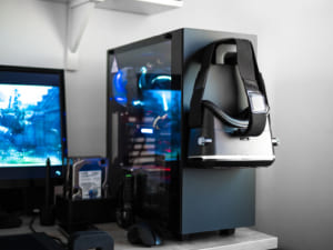 PC外部機器がいるVRゴーグル