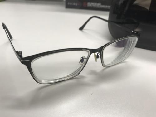 HOMiDO PRIMEをメガネのまま装着