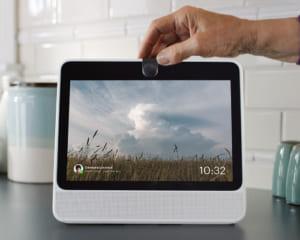 FacebookがARを搭載した初のスマートディスプレイ「Portal」を発表!