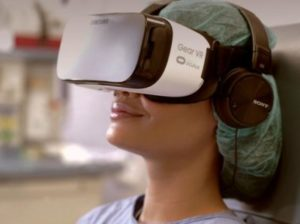 VRで患者の痛みを軽減する