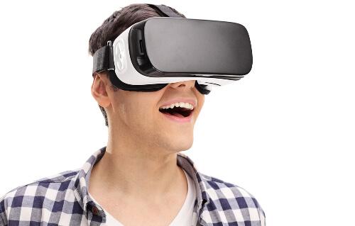 スマホ用VRゴーグル装着